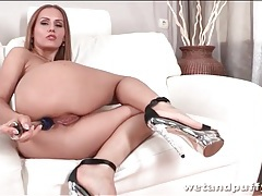 Girl fucks toys and pisses in sexy porn tubes