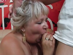 Fat blonde mom gives a good blowjob tubes