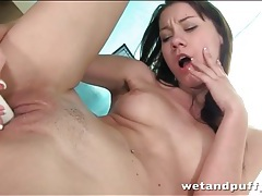 Teen cums hard from toy fucking sex tubes