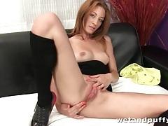 Heels look hot on solo masturbating girl tubes