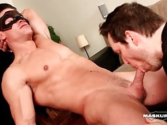 Solo hunk strokes and cums before bj tubes