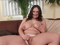 Milf mandy swings her big tits on camera tubes