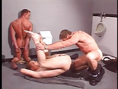 Muscular cop butt fucks a horny prisoner tubes