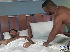 Early morning rimjob between hot guys tubes