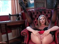 Natalia forrest fingers her cunt in sexy stockings tubes
