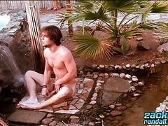 Hot guy naked outdoors and washing his ass tubes