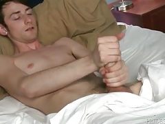 Pierced ears twink masturbates in bed tubes