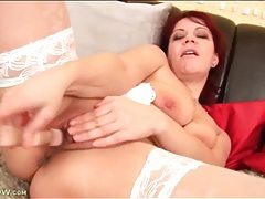 Solo mature redhead toy fucks her tight pussy tubes