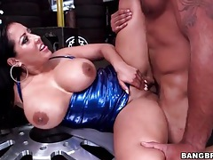 Latina milf with a massive ass fucked lustily tubes