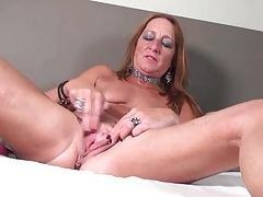 Freckled mature redhead hottie fingers her cunt tubes