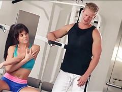 Sporty beauty sucks cock in erotic bj porn tubes