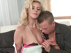 Blonde mature seductress wants his young cock tubes