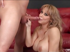 Big dick pulls out of her cunt for a blowjob tubes