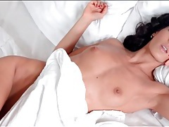 Erotic masturbation in bed with alexa tomas tubes