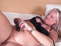 Chubby moaning blonde mature masturbates solo tubes
