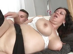 Chubby mom fucked in her beautiful bald pussy tubes