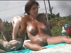 Nude beach voyeur porn with lots of pussies tubes