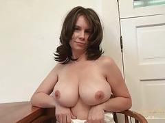 Big tits amateur milf models her shaved pussy tubes