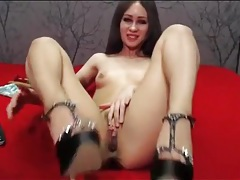 Tiny tits webcam girl teases and masturbates tubes