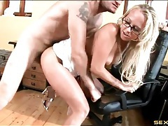 Secretary in sexy glasses fucked from behind tubes