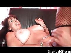 Mature lesbo makes her lover feel so good tubes