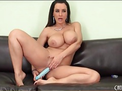 Nude curvy mom lisa ann gently toys her asshole tubes