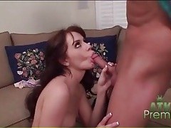 Skinny chck kelly klass sucks his dick tubes