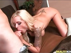 Fantastic body on this cock riding bimbo tubes