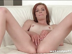Teen redhead pulls on her pussy lips tubes