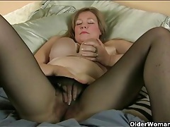 Old lady legs look sexy in sheer black pantyhose tubes