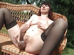 Milf in the sun dildo fucks her pretty pussy tubes