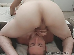 69 sucking with a pair of shaved head hotties tubes