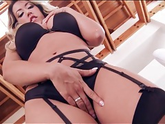 Capri cavanni and her curves are breathtaking tubes
