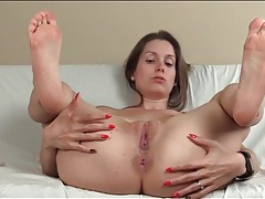 Lelu shows her smooth asshole and wants you to cum tubes