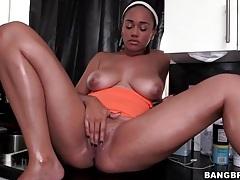 Maid masturbates on the kitchen counter and sucks dick tubes