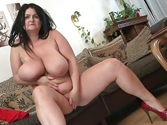 Charming naked bbw fondles her huge titties tubes