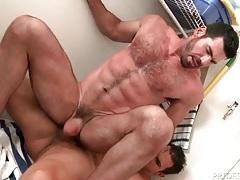 Big dick redhead gives a bottom ass a good fucking tubes