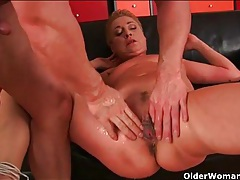 Finger fucked old chick gets laid by young dick tubes