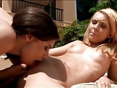 Snatch licking lesbian babes outdoors in the sun tubes