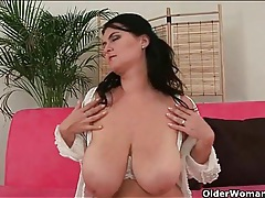 Sultry bbw strips and plays with her fresh pussy tubes