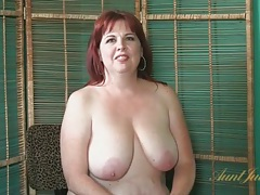 Mature bbw bares her big tits and sexy ass tubes