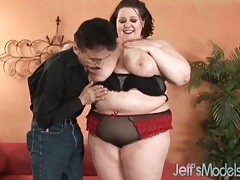 Bbw in a polka dot bra turns him on tubes
