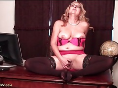 Sexy mature pushes two fingers into her cunt tubes