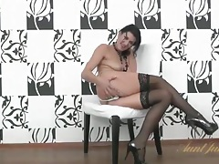 Milf in stockings and heels has a gorgeous cunt tubes