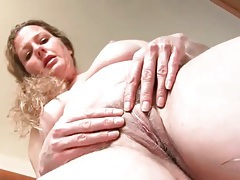 Hairy housewife pussy in the kitchen tubes