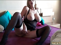 Huge breasts solo mom masturbates her tight cunt tubes