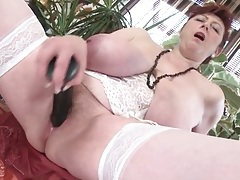 Dildo fucking mature babe with massive tits tubes