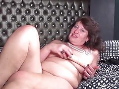 Juices of desire drip from her old cunt during toy sex tubes
