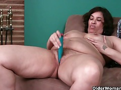 Busty milf's night out starts with a masturbation session tubes