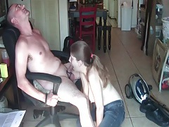 Cock ring wearing bf swallowed by a cute girl tubes